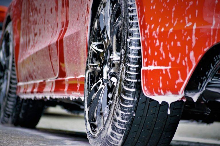 Pourquoi un lavage de voiture professionnel ?